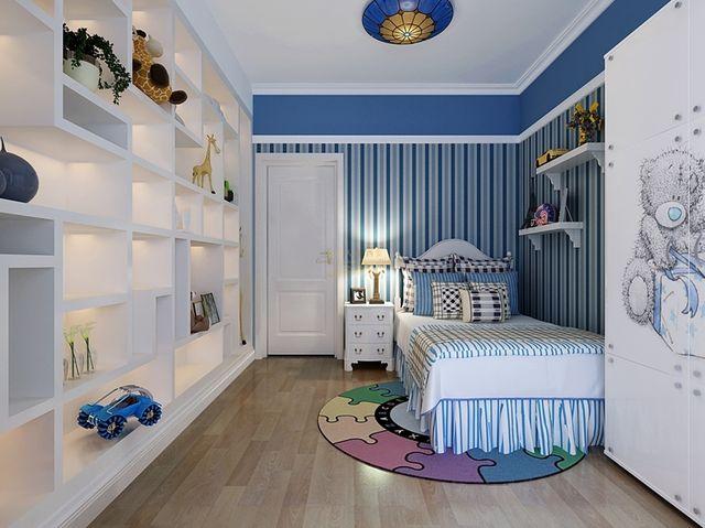 导读:儿童房是孩子们每天休息、玩耍和学习的空间,是伴随孩子成长、生活的场所。儿童房也因此成为了选择住房和室内装修时需要考虑的一个重要因素。但是在住宅设计中,往往为了增大主卧或起居室的面积而缩小儿童房,或者是将其放置于北向等不佳的位置,今天我们看看儿童房装修注意事项有哪些?  儿童房装修效果图 1.