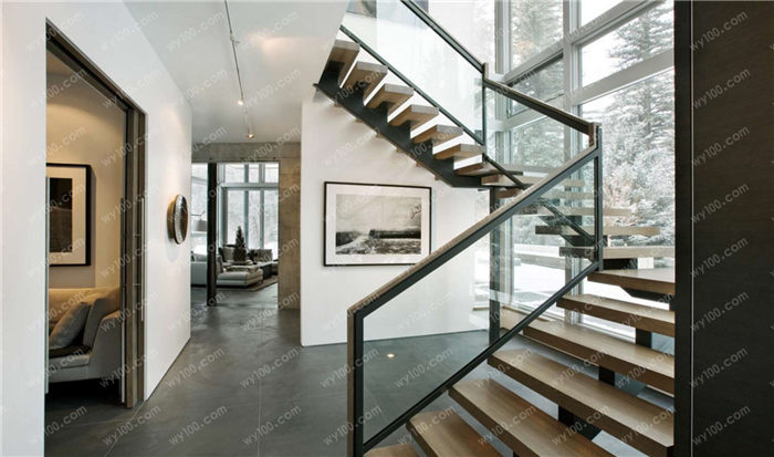 铁艺楼梯扶手怎么保养 - 维意定制家具网上商城