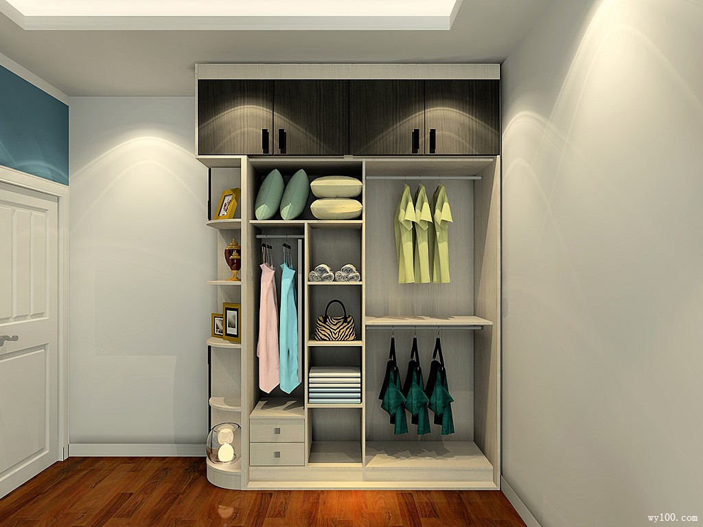 大衣柜卧房效果图 15㎡电视柜配上书桌简约时尚