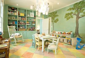 温馨童年儿童书房装修效果