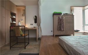 新中式卧室地台床装修效果