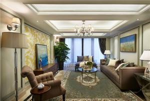 三居室客厅电视墙装饰图片