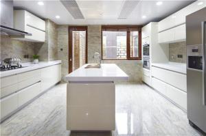 别墅厨房厨柜