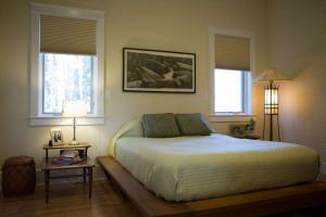 卧室地台床装修效果图3D