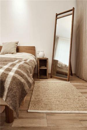 原木色卧室地台床装修效果