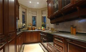 中式实木厨房间橱柜
