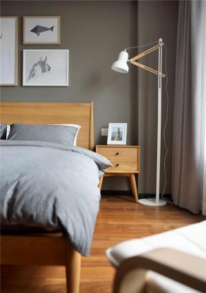 单人床卧室装饰