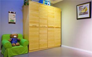 儿童房家具实木衣柜