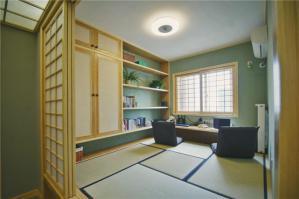 日式装修客厅阳台榻榻米