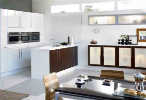 家居开放式厨房橱柜
