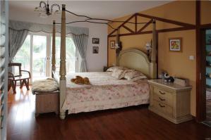 260平卧室田园风格床