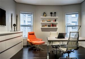 创意书桌办公设计案例