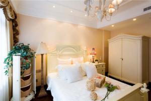 闺女卧室床款式