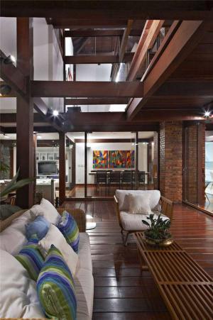 温馨中式客厅家具