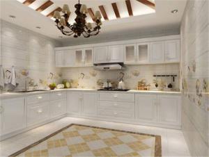 纯白色瓷砖厨柜