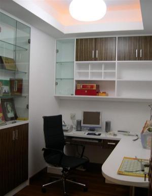 小书房装修风格转角设计