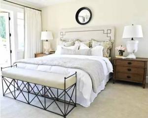 小卧室床装饰图