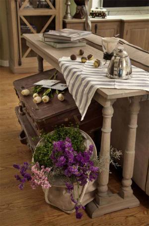 小户型家用餐桌图片