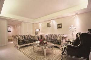 欧式奢华小户型客厅家具