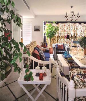 客厅布艺沙发装饰设计