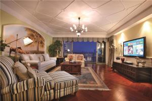 实木现代客厅家具