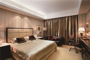 新古典飘窗卧室设计图片