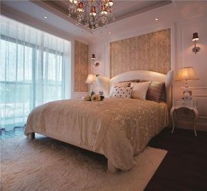现代飘窗卧室设计图片