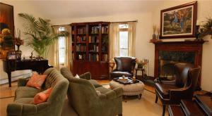 美式复古小户型客厅书柜