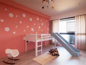 儿童房家具滑梯床