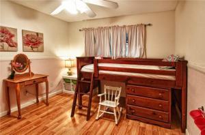 复古卧室上下床装修效果图