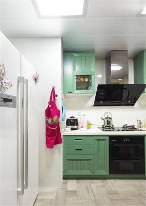 复古绿橱柜颜色搭配