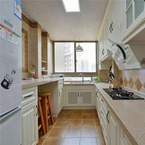 长方形漂亮的橱柜