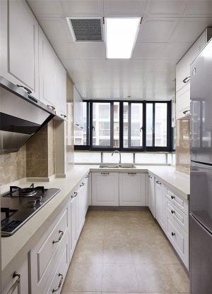 长方形厨房整体橱柜